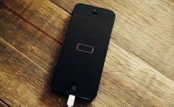 iPhone 6 показывает зарядку но не заряжается