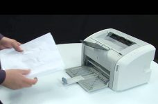 Почему принтер мнет бумагу при печати